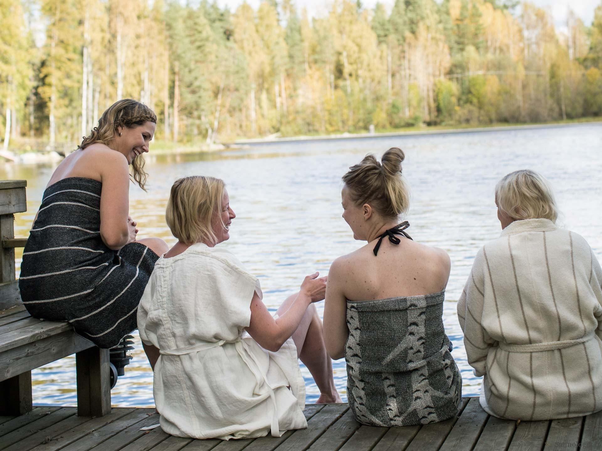 Suomalaisten monimutkainen saunarituaali kokemuskartalla