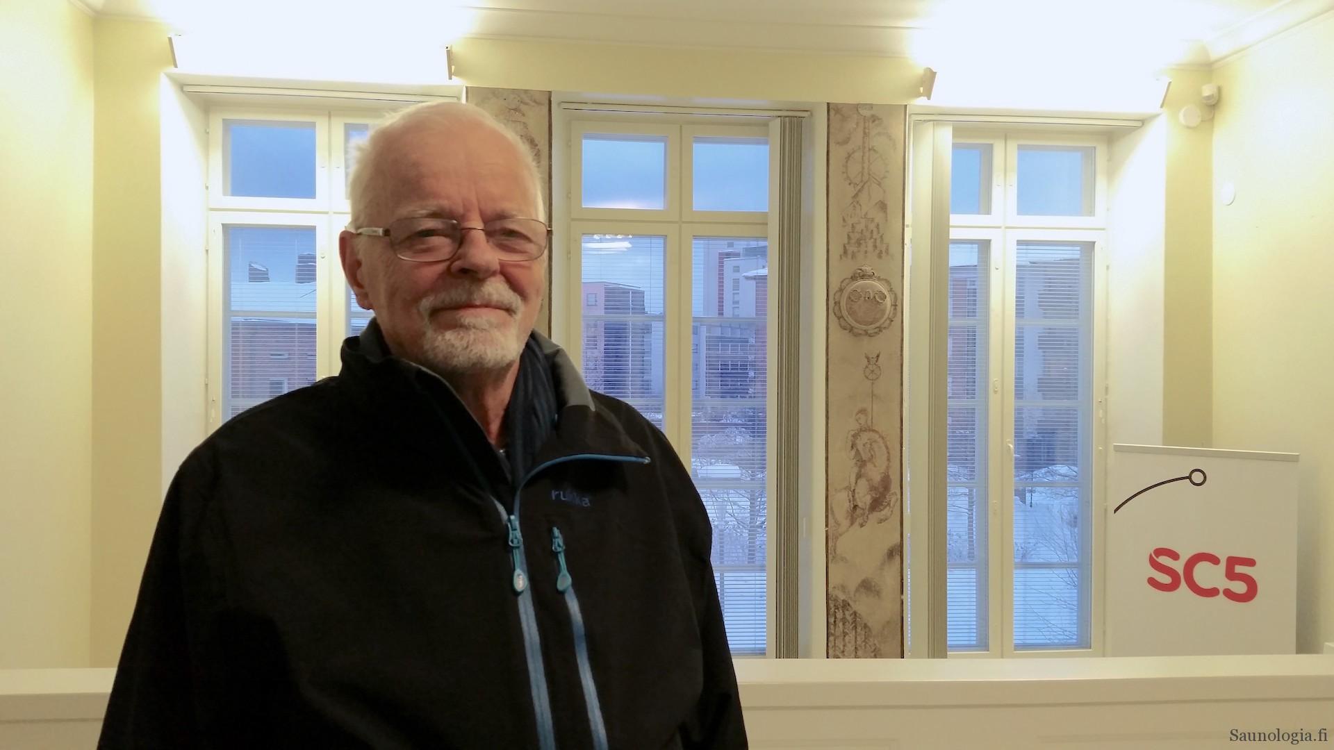 Risto Vuolle-Apiala haastattelussa