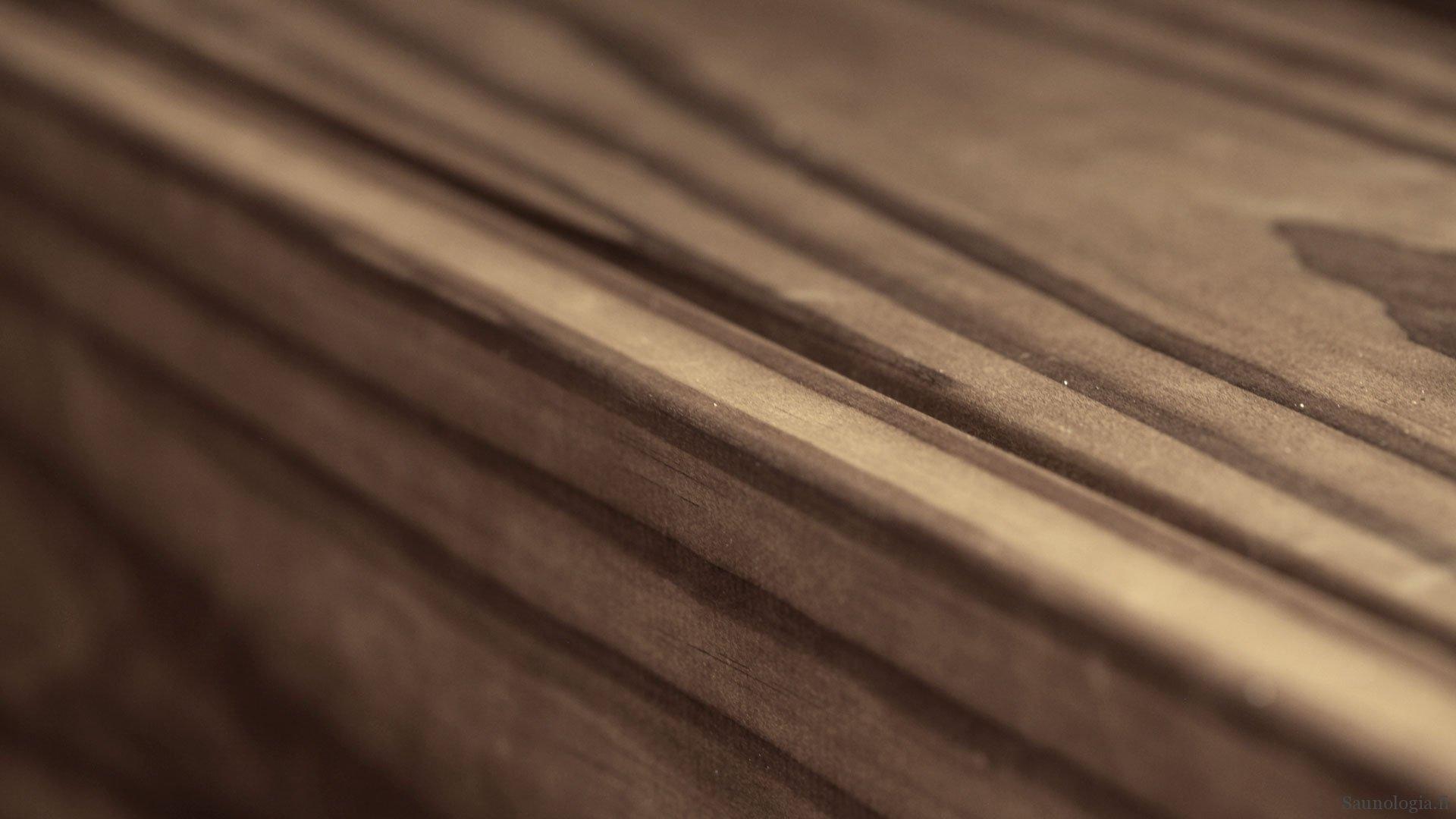 Laudemateriaalit ja lauteiden pintakäsittely