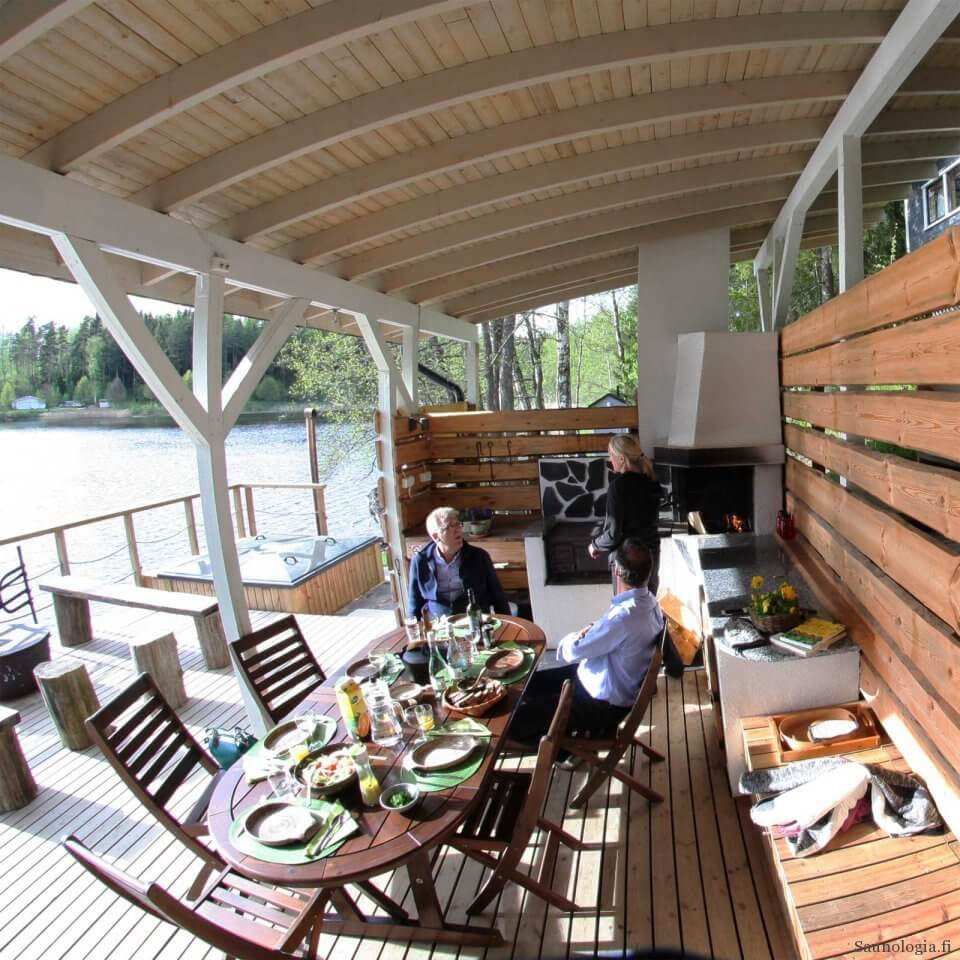 170811-Villa-Paratiisi-patio+palju_9309