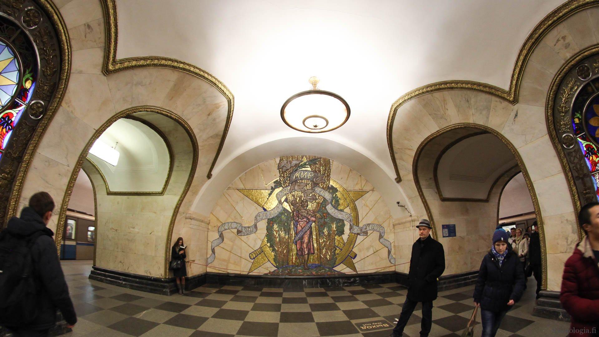 171003-moscow-metro