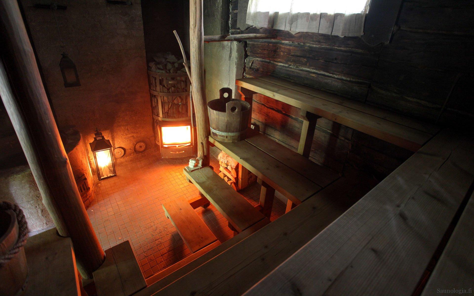 Saunakohdearvio Kaurilan sauna – sauna-aikamatka koko kaupungin pihasaunaan