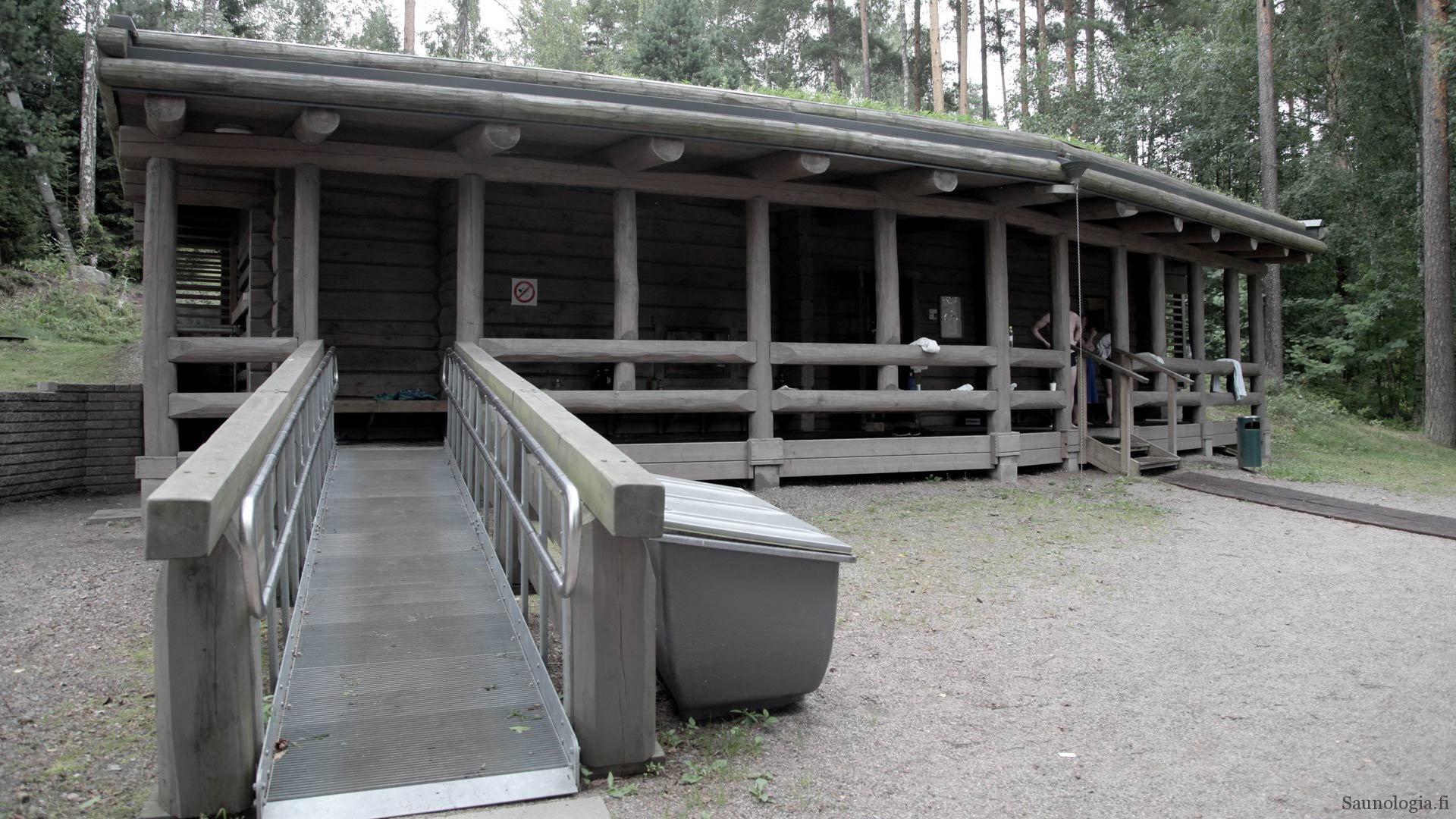 Saunakohdearvio Vantaan Kuusijärvi – savua ja sähköä sopivassa suhteessa