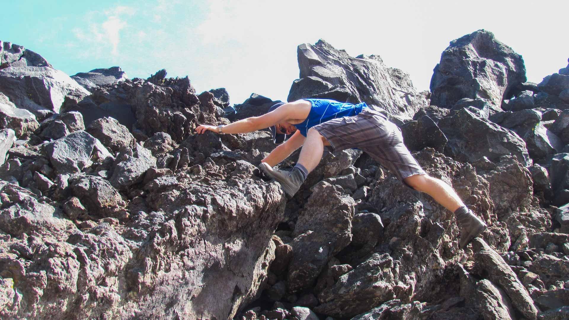 171122-mt-shasta-saunologi-on-the-rocks-1271