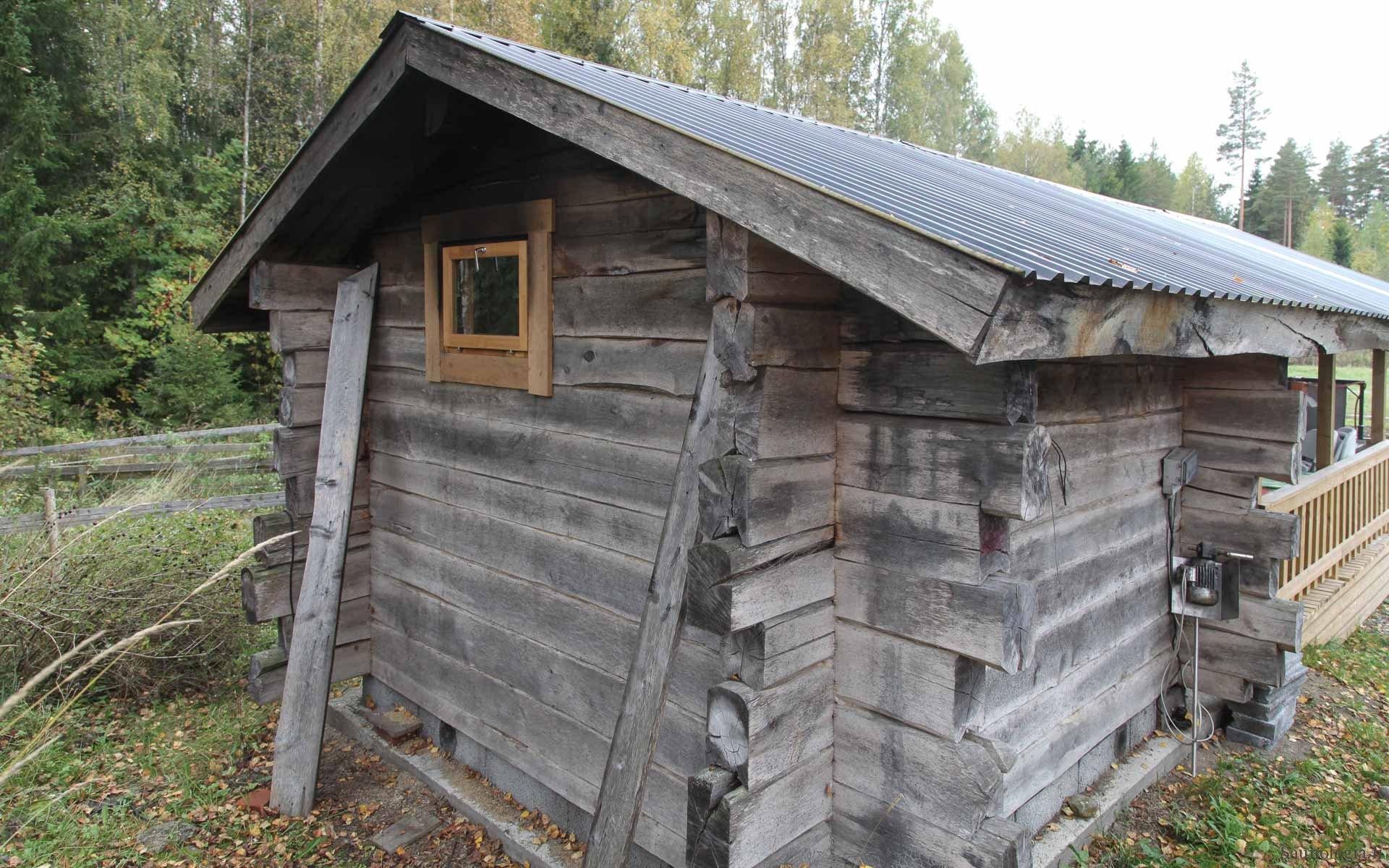 171213-markkut-hirsisauna-takakulma-0870
