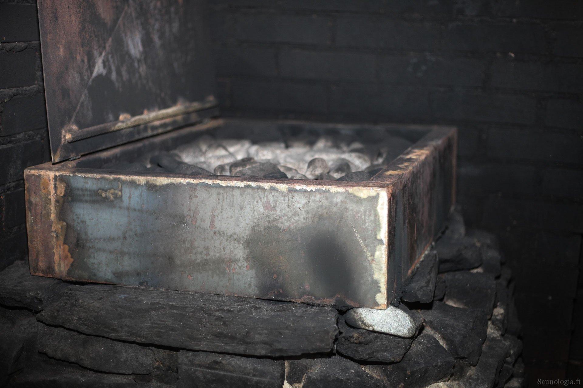 171213-markkut-korotettu-savukiuas-kansi-0896