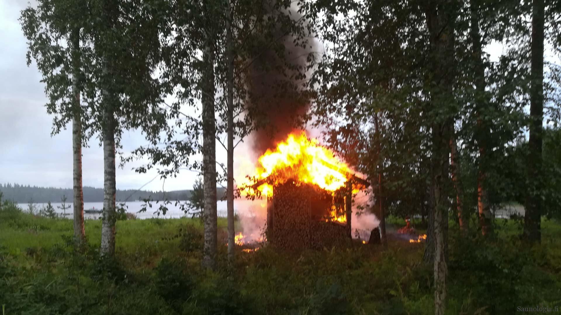 Savusaunani paloi – yhden tulipalon opetukset