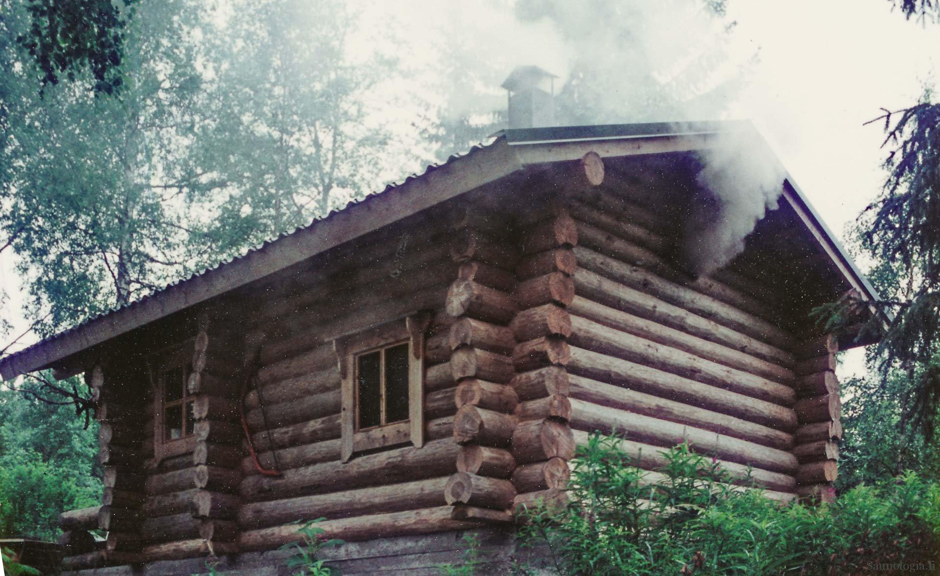181120-Lyytinen-saunapalo-ulkoa-ennen