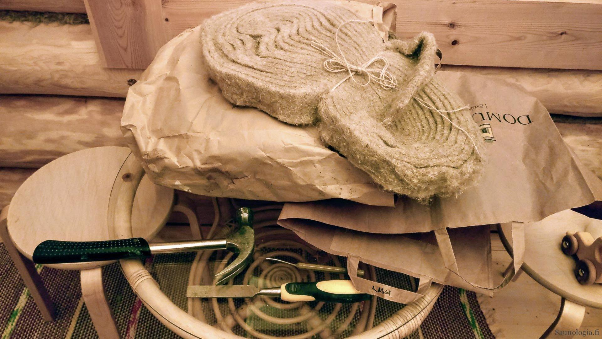 190225-hirsiseinan-tarvikkeet-