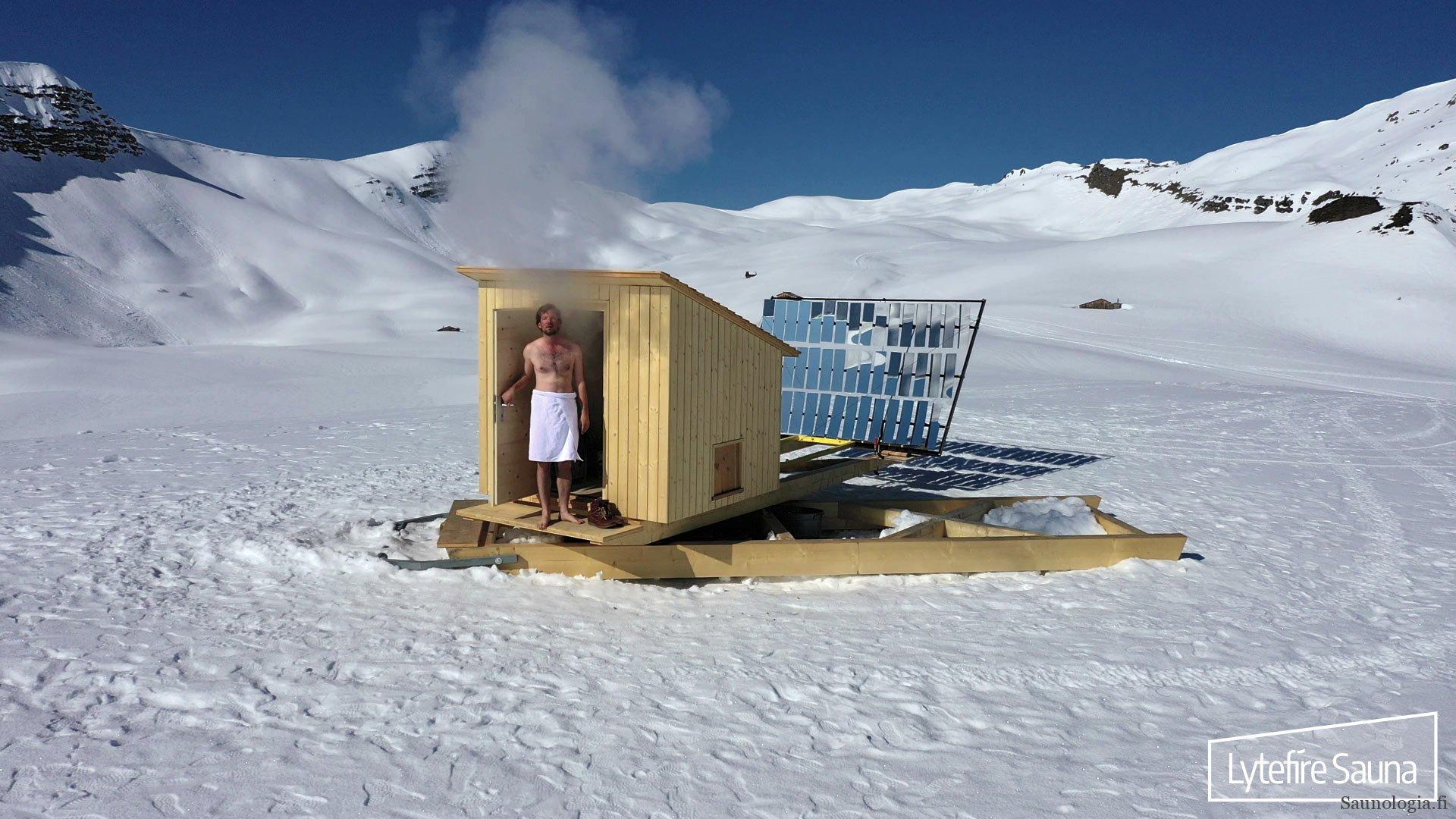 Tiedote: Aurinkosauna Sveitsin Alpeilla