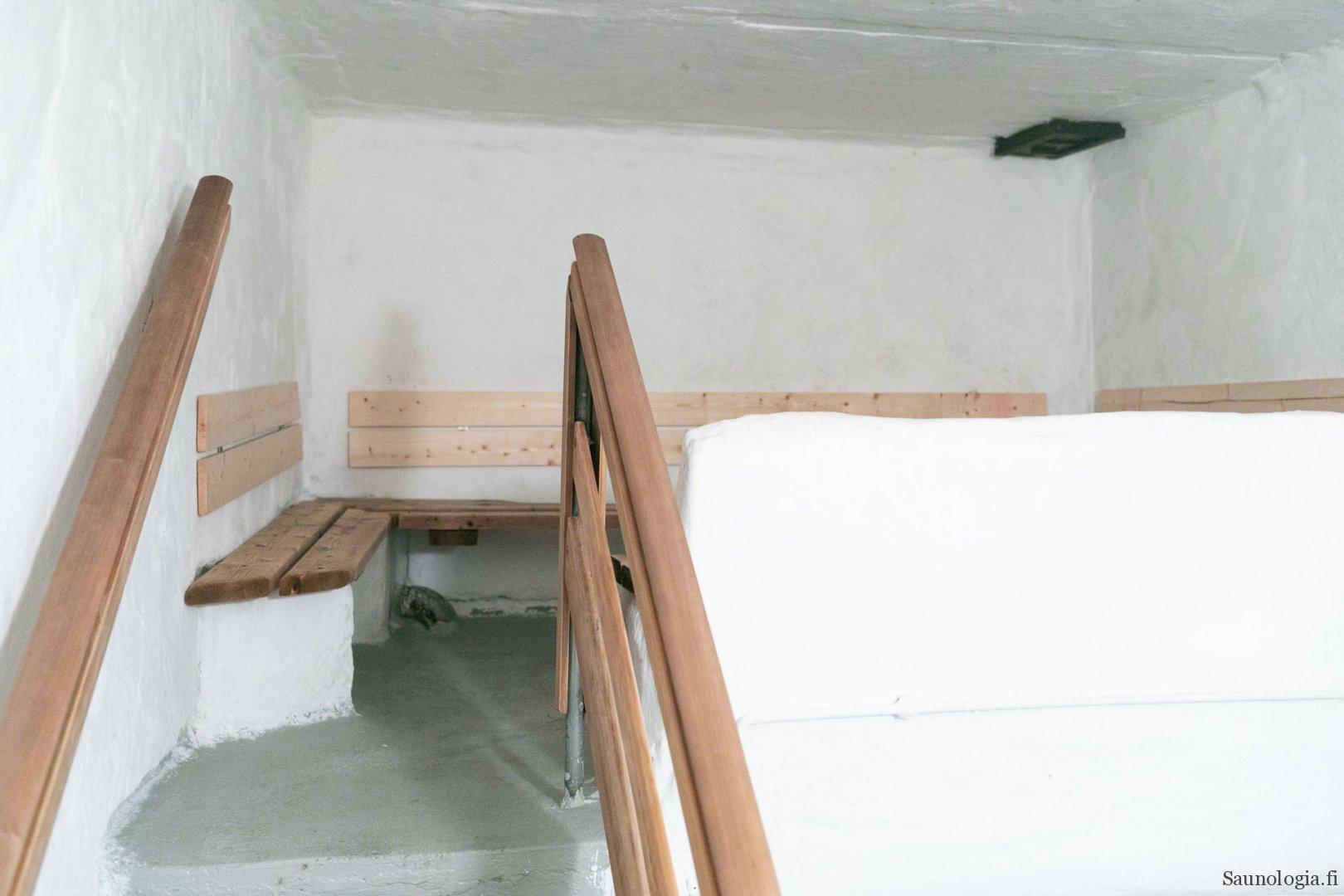 Rajaportin sauna, naisten osasto
